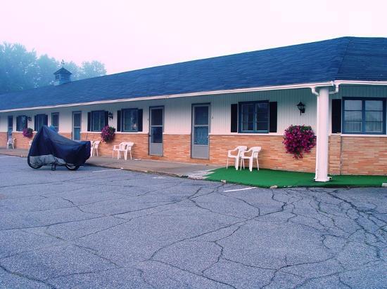 Farmington Motel