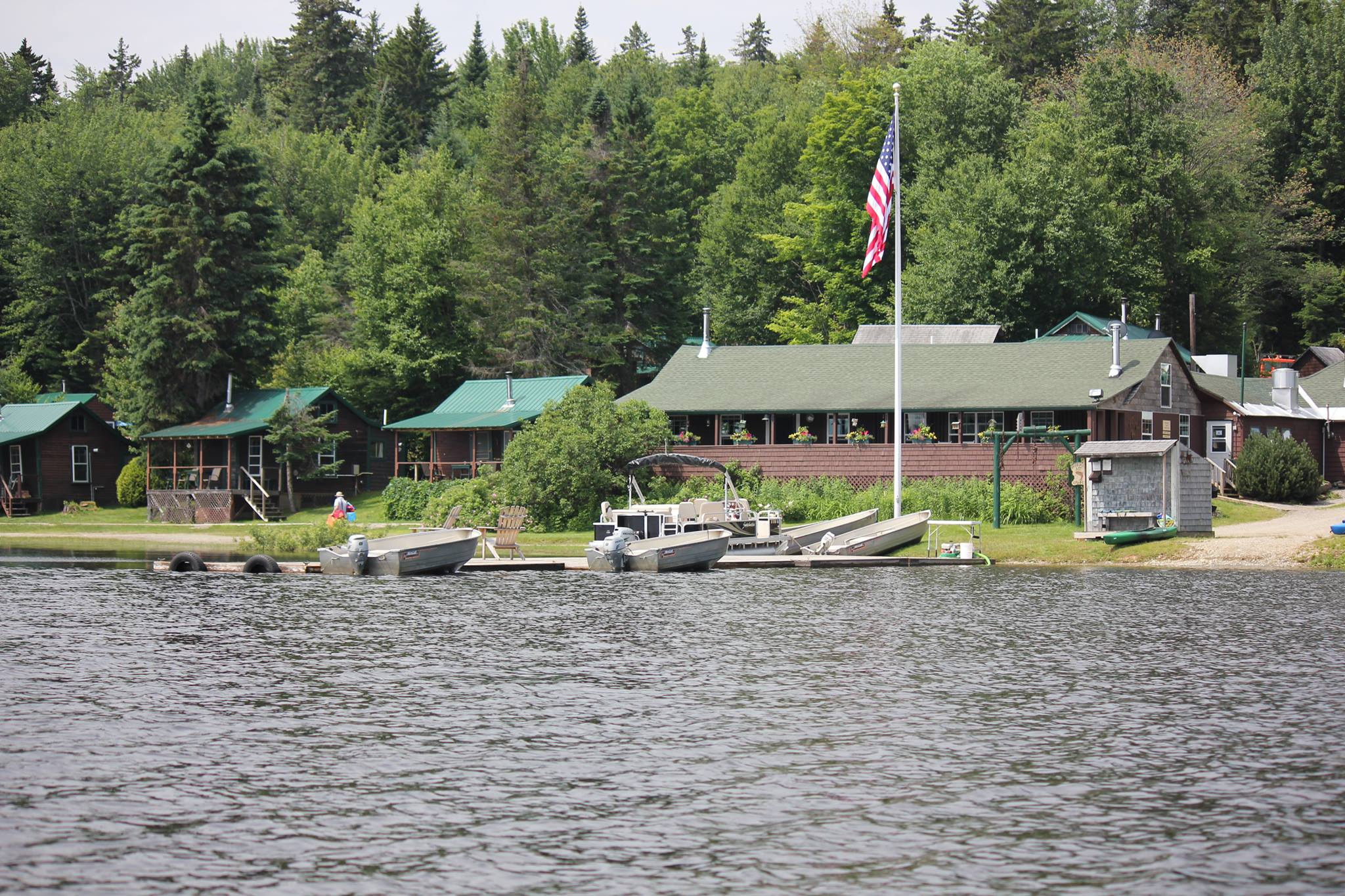 Bosebuck mountain camps on aziscohos lake for Maine fishing camps