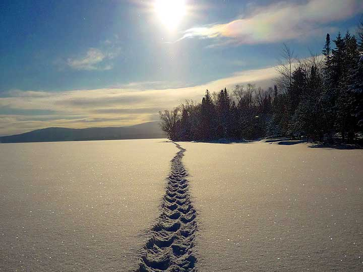 snowshoeing-in-rangeley