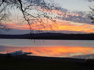 Mooselookmeguntic-Lake-Pet-Friendly-Rental