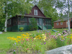 Rangeley-Maine-Pet-Friendly-Cabin